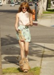 bella-thorne-puppy-play-time-05