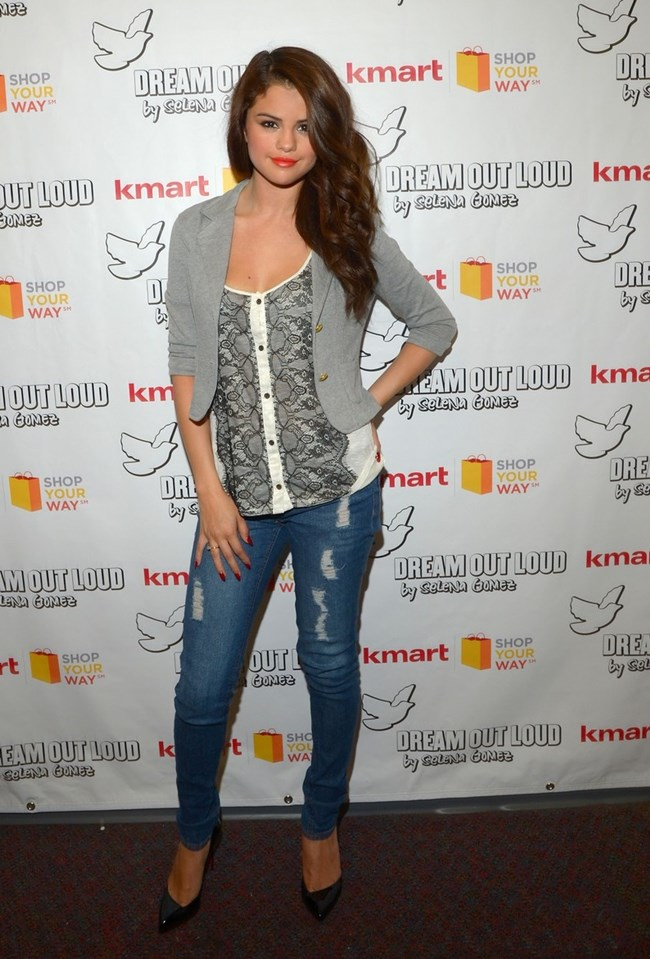 selena-gomez-kmart-dream-out-loud-collection-launch-01