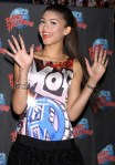 zendaya-planet-hollywood-appearance-10