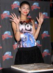 zendaya-planet-hollywood-appearance-11